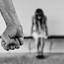 Je veux aider : Un service de messagerie instantanée qui offre son aide aux femmes victimes de viole